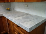 Прав кухненски плот - готово изделие, изработено от мрамор