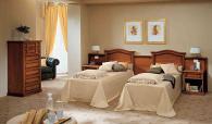 Хотелска италианска спалня