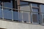 парапети за тераси от стъкло и неръждаема стомана по поръчка
