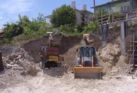 Изкопни услуги за басейни и гаражи
