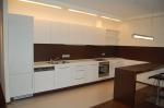 реализация  современные мебели по индивидуальному проекту для кухонь