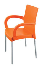 Пластмасови дизайнерски бар столове за градината Пловдив