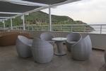 Маси и столове от ратан слонова кост