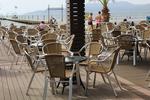 Мебели от ратан за плаж