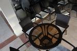 Стилни маси и столове ратан за лятно заведение