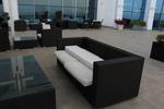 Издръжливи маси и столове от черен ратан