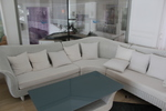 Комфортни и стилни маси и столове от бял ратан