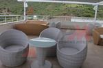Маси и столове от ратан слонова кост за всяка обстановка