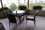 Уникални столове от ратан за заведения