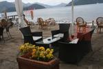 Лукс маси и столове ратан за плаж