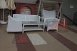 Столове от ратан за заведения