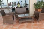 Обзавеждане с маси и столове ратан за заведение