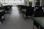 Маси и столове от ратан за заведения за външно и вътрешно ползване