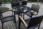 Маси и столове от черен ратан за всяка обстановка