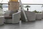 Луксозни маси и столове от ратан за хотел