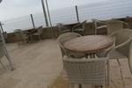 Модерни маси и столове ратан бежови