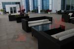 Скъпи маси и столове от ратан за хотел