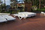Шезлонги за басейн, за лятно заведение