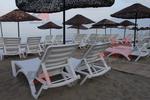 Шезлонги за плаж за голям басейн