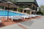 Шезлонги за малък басейн за външно ползване