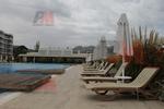 Шезлонги за басейн за външно ползване