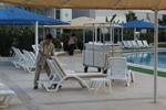 Шезлонги за басейн,подходящи за навън