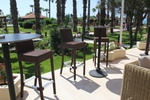 Мебели и бар столове от ратан за заведения