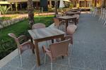 Пластмасов стол за лятно заведение, за открити пространства