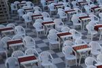 Пластмасови евтини столове за барове