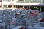 Пластмасов евтин стол, за външно ползване