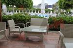 Модерни маси и столове от евтин ратан
