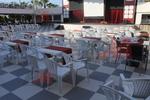 Пластмасови бели столове промоция