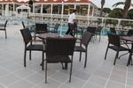 Устойчиви верзалитови плотове за маси за бар на плажа