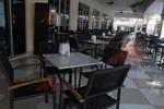 Стилна стойка за маса за ресторант