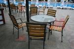Прахово боядисана база за маса за външно ползване