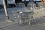 Метална маса за хотели за открити пространства