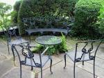 Универсална маса от ковано желязо за вътрешно и външно използване София