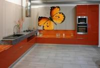 поръчкова кухня с декорация София