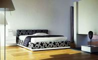 Легла с тапицирани нощни шкафчета София