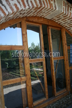 дървена плъзгаща се врата