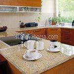 кухненски плот - облицоване с гранит