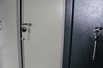 Поръчкова изработка на работен метален шкаф за класьори Пловдив