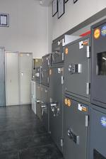 Поръчкова изработка на голям сейф за офис Пловдив