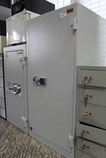 Проектиране и изработка на скъпи сейфове за офис Пловдив