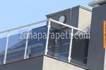 парапет за тераса от инокс и синьо стъкло
