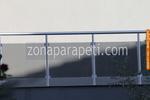 терасни парапети от инокс и черно стъкло