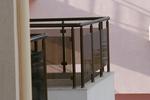 балконски парапети от инокс и кафяво стъкло по поръчка