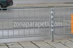 тръбно-решетъчни парапети с дължина 1,80м. и височина 1,00м