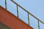изработка на парапети за балкони от стъкло и неръждаема стомана по поръчка