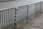 изработка и монтаж на тротоарни парапети